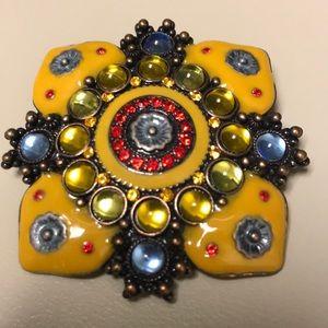 Jewelry - 80's mustard yellow enameled brooch